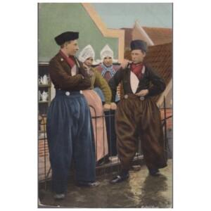 Oude ansichtkaart Volendam