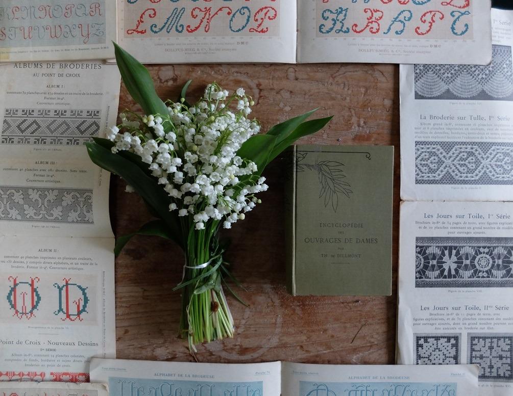 Encyclopedie des ouvrages met lelietjes van dalen