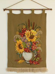Geborduurde zonnebloemen