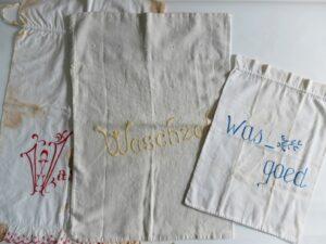 oude wasgoedzakken