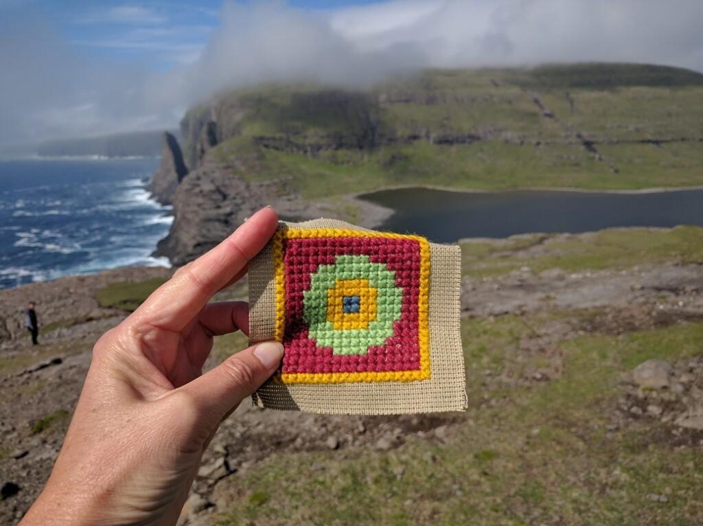 Borduurwerkje-op-Faroër-islands