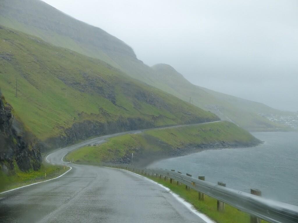 Weg op Faroer island