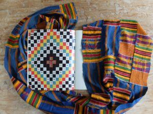 Pagina uit boek narrow strip weaving