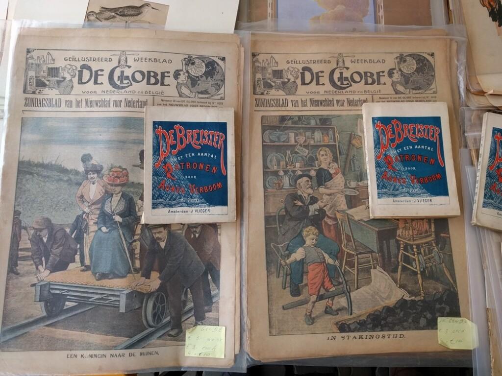 Boekjes de Breister op oude kranten