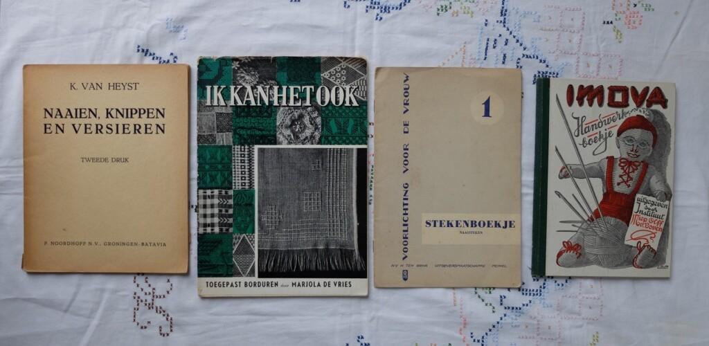 Oude handwerkboekjes