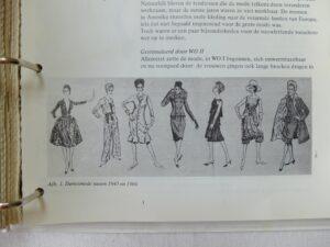 Pagina uit map Kostuumgeschiedenis
