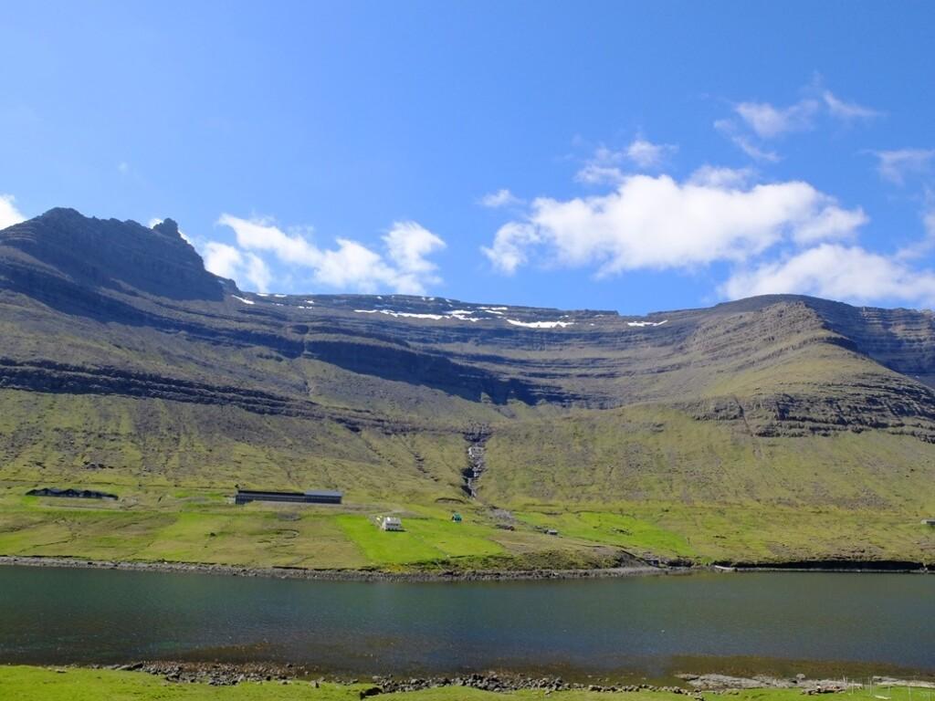 Uitzicht-op-Faroër-eiland