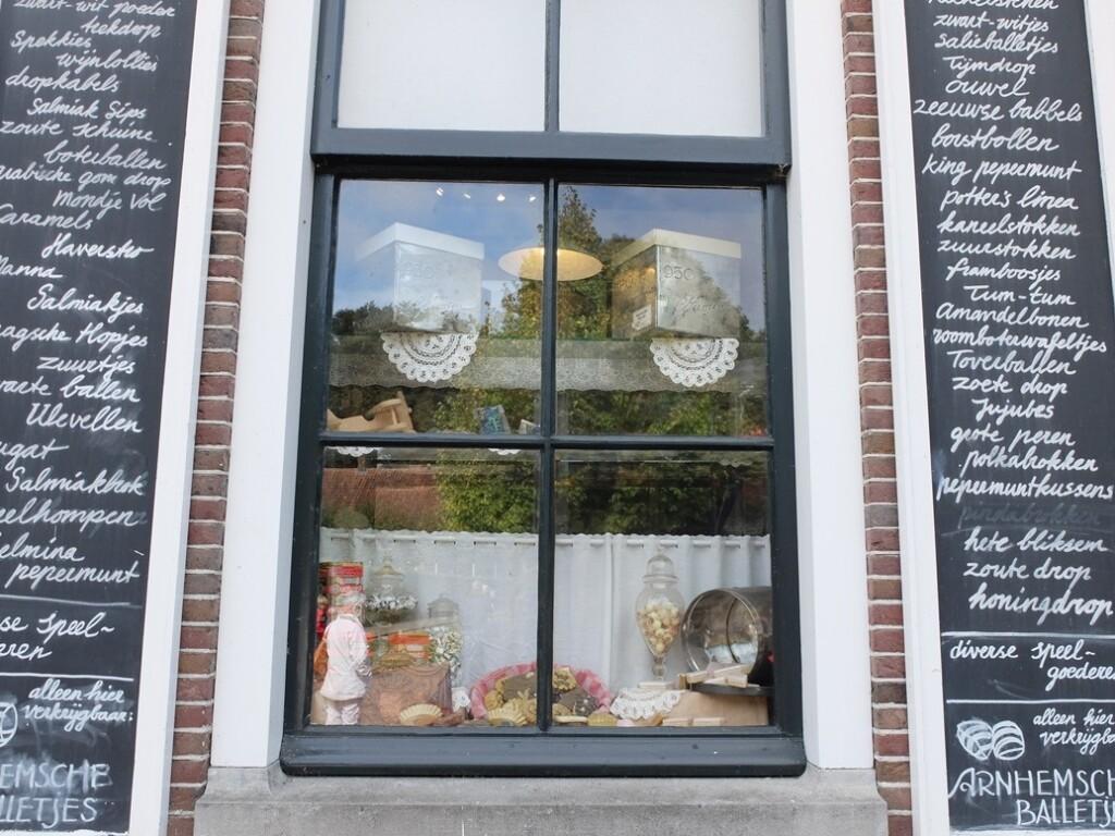 etalage snoepwinkel openlucht-museum-arnhem