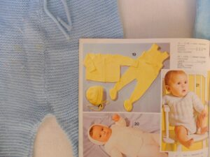 gebreid babypakje